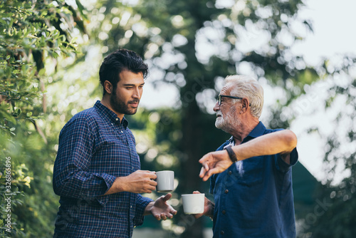 Father-son bonding Fototapet