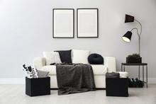 Elegant White Sofa In Modern L...