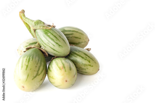 Photo Thai eggplant is a vegetable isolated on white background.