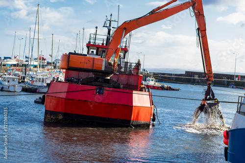 Fényképezés Dredger ship at work on the east coast of Scotland