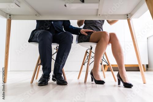 Obraz Man Touching Woman's Thigh - fototapety do salonu