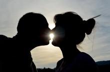ô!iday : Kiss