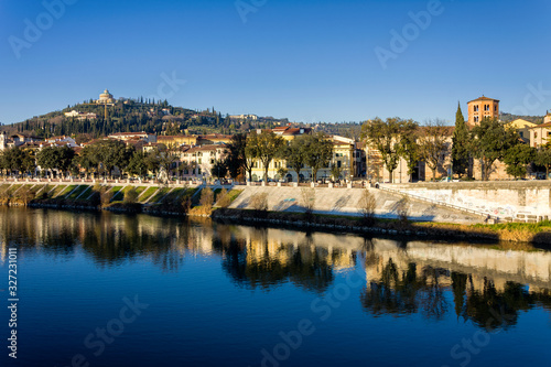 Photo View on the city of Verona from the Adige river that crosses it