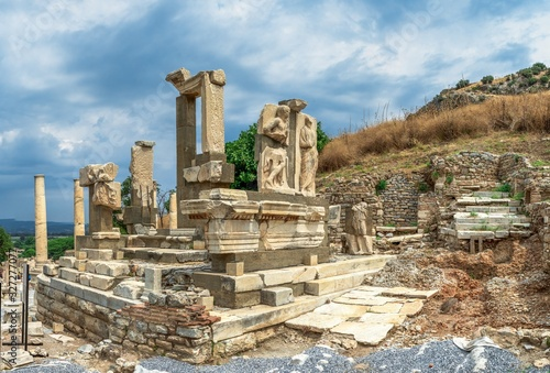 Polyphemus statues in the ancient Ephesus, Turkey Tablou Canvas