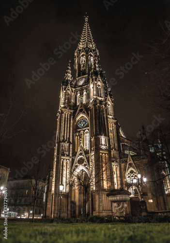 San Sebastian, Guipúzcoa / Spain »; Summer of 2018: San Sebastian Cathedral illuminated one summer night