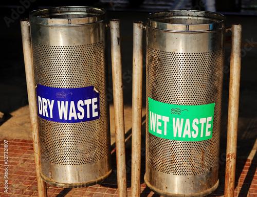 Fényképezés Separate waste drum