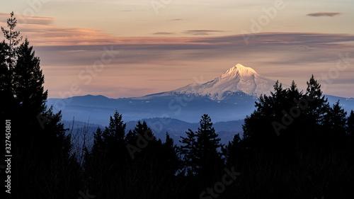 Fototapeta Sunset in Mountains, Mount Hood Oregon obraz