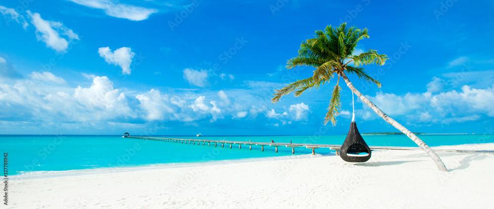 Fototapeta tropical Maldives island with white sandy beach and sea