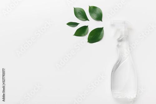 Obraz Spray for eco friendly natural cleaning, white background - fototapety do salonu