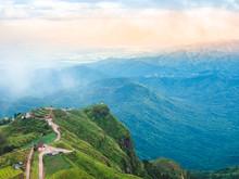 Landscapes Beautiful Mountain ...