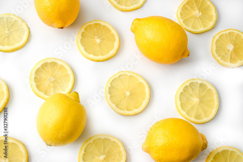 Whole lemons and lemon slices