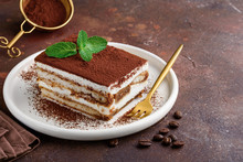 Traditional Italian Dessert Ti...