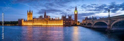 Panoramic view of the Palace of Westminster and Big Ben Canvas Print
