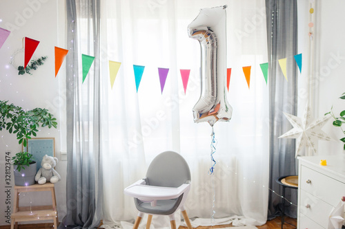 Fototapeta Living room decorated for baby's first birthday obraz
