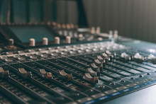 Professional Audio Mixer Contr...