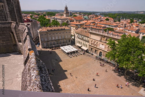Fényképezés Large square, seen from above the walls of the Palace of the Popes in Avignon in France