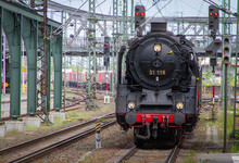 Historical Museum Steam Locomotive Series 01 118 For A Express