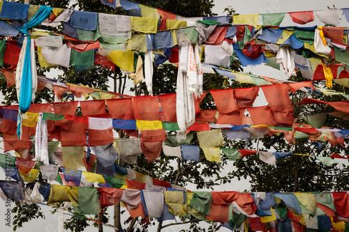 Obraz Buddhis prayer flags at Nagi Gumba, Nepal - fototapety do salonu