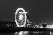Night Long Exposure Ferris Whe...