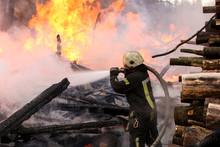 Brave Firefighter Saving Burni...