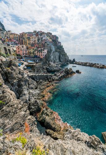 Italian coastline and colorful Manarola village in Cinque Terre, Italy Fototapeta