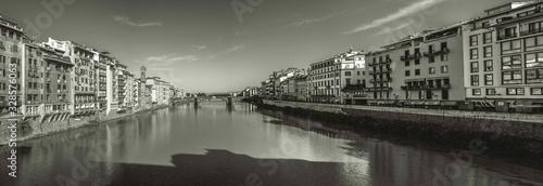 Naklejka premium italia Florencja stary most na rzece