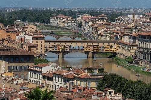 Naklejka premium Florencja stary most na rzece panorama