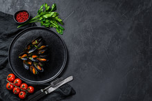 Mussels In Tomato Sauce Decora...