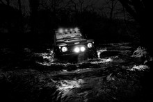 Land Rover Defender River Cros...