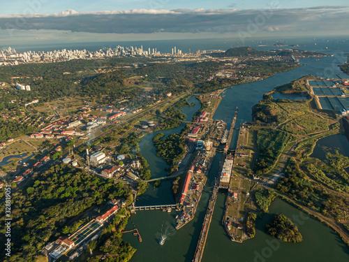 Obraz Beautiful aerial view of the Beautiful aerial view of the Panama Channel on the Sunset - fototapety do salonu