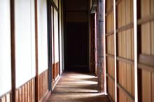 日本の古くて美しい建...