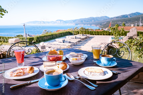 Photo Sardinia Orosei coast Italy, breakfast with a view over the ocean of Sardinia It