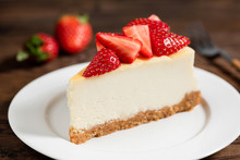 Cheesecake With Strawberries O...