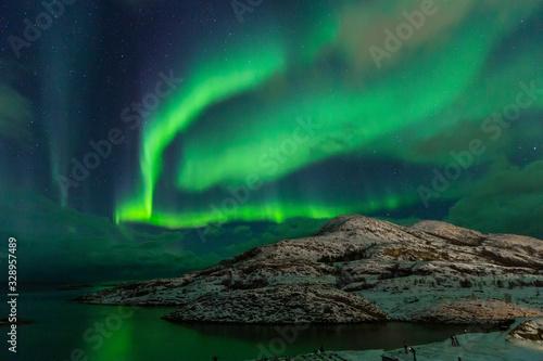 Northern lights on the arctic sky. Hillesoya, Sommaroya. Canvas-taulu