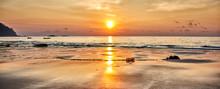 Amazing Beach Sunset With Endl...