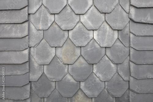 Schieferplatten an einem Schieferdach oder einer Schieferfassade als Hintergrund Wallpaper Mural