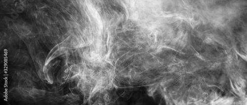 Bannière de fumée blanche sur fond noir Wallpaper Mural