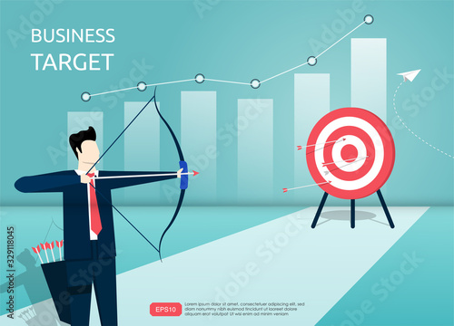 Photo Businessman aiming the target with arrow