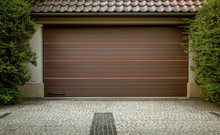 Modern Automatic Car Garage Door