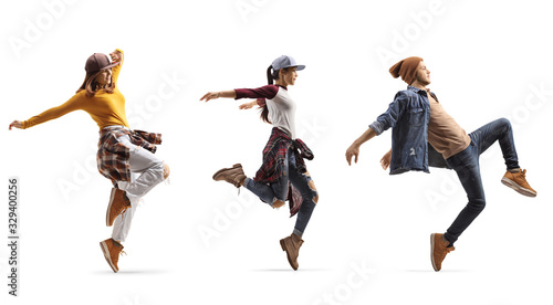 Fotografia Group of young people dancing street style