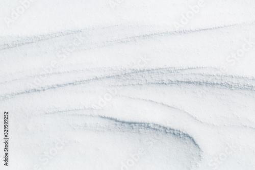 Formas y textura de la nieve movida por el viento. Canvas Print