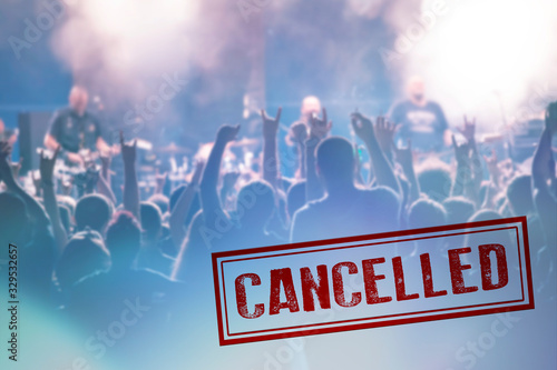 Obraz Concert cancelled because of Coronavirus outbreak - fototapety do salonu
