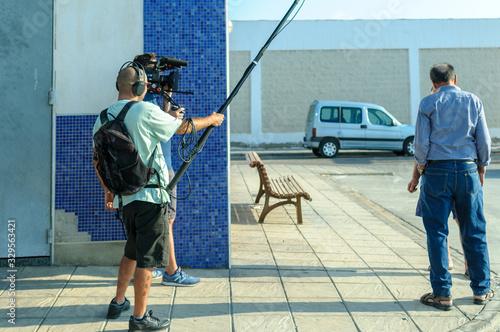 Camarógrafo con cámara de cine digital Canvas Print
