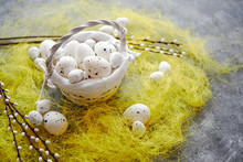 Easter White Dotted Eggs In Th...