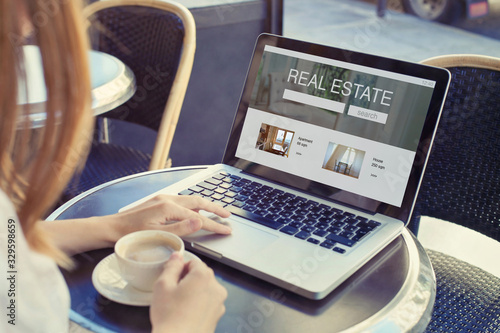 Fototapeta real estate concept, buy or rent apartment or house, choose new home in agency online obraz