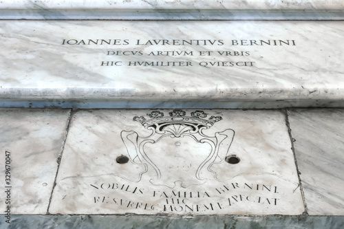 Tombstone of Italian sculptor and architect Gian Lorenzo Bernini at Basilica Pap Wallpaper Mural