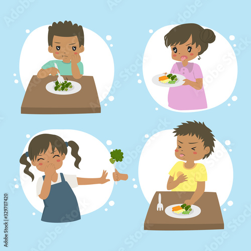 Leinwand Poster Set of African American kids refuse to eat vegetables