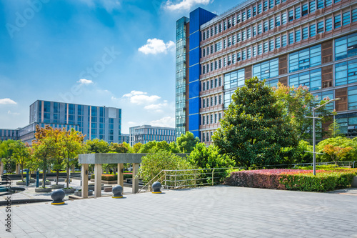 Fototapety, obrazy: Alley with office buildings in modern Budapest area