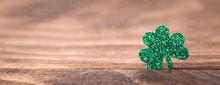 St Patrick's Day Background Wi...