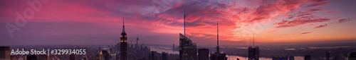 Obraz New York city skyscrapers large panoramic view at sunset - fototapety do salonu